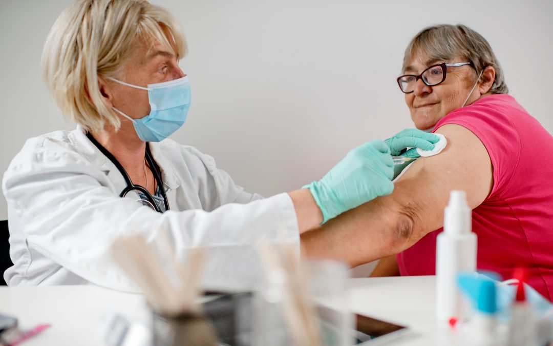 Flu shot reduces risk of death for people with heart disease